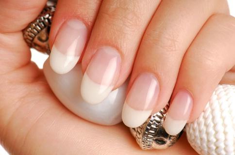 poser des Faux ongles